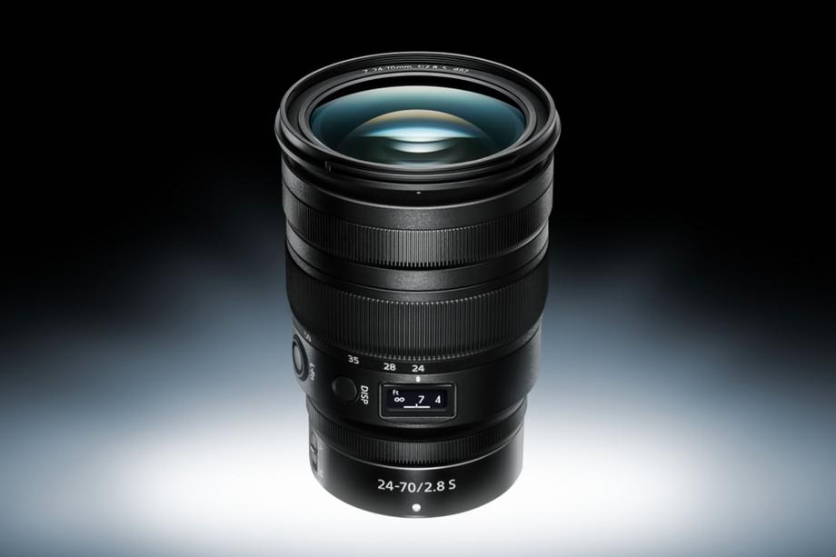 尼康发布新专业快速变焦镜头,售价近1万6千人民币